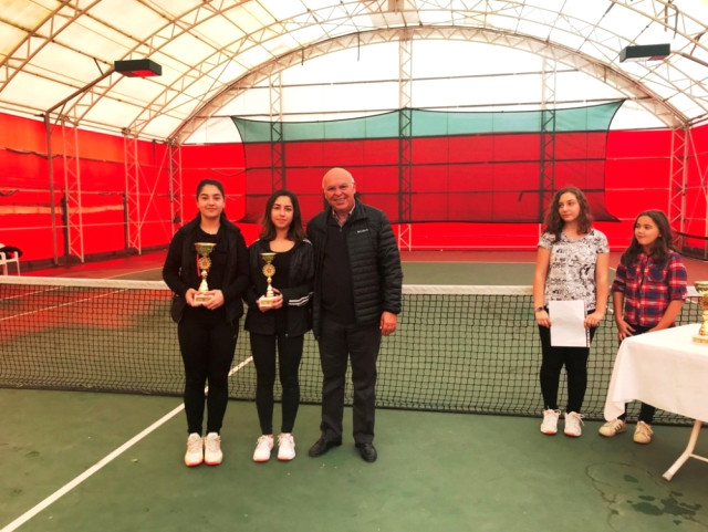 Tenis Turnuvası Ödül Töreni ile Sona Erdi